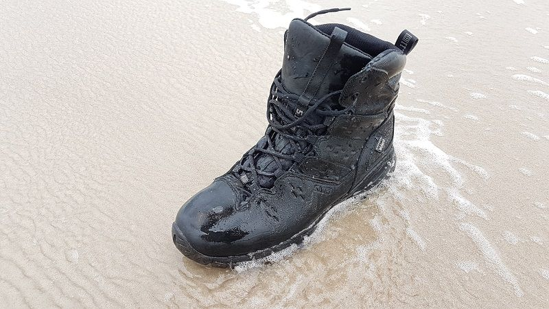 Well known within the tactical community, i.e. military and law enforcement, 5.11 Tactical continues to produce high quality and durable products, case in point, the XPRT 3.0 waterproof 6in boot. Boots, i.e. footwear, is the first piece of equipment that tactical users need at the beginning of an operation/shift and the last thing when coming home. Good footwear is made to be quickly forgotten, while bad footwear will provide head-, and especially, footaches. I had the opportunity to wear 5.11's XPRT Tactical Boot for a while and would recommend them to any professional without any fear (test here https://www.monch.com/mpg/news/gear-box/928-product-review-5-11-xprt-2-0-tactical-desert-urban-boot.html). 5.11 now gave me the chance to do the same with its versatile XPRT 3.0 boot. I tested the 5.11 XPRT 3.0 boots on a short 32 hour trip, mostly marching through marshland and swampy plains, where it was wet with little downpours. The boots felt broken in right out of the box.