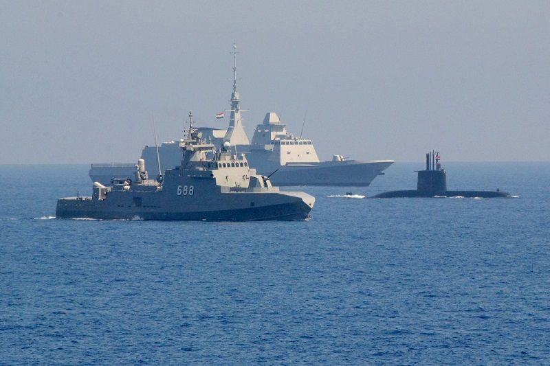 Some of the most modern additions to the Egyptian Navy, Type 209/1400 submarine, Ezzat class missile boat and Aquitaine class frigate.