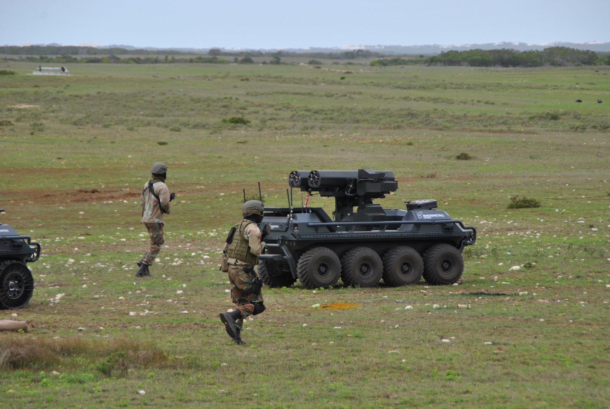 SANDF Special Forces team with Rheinmetall Ground Master unmanned ground vehicle. (Photo: DPM)