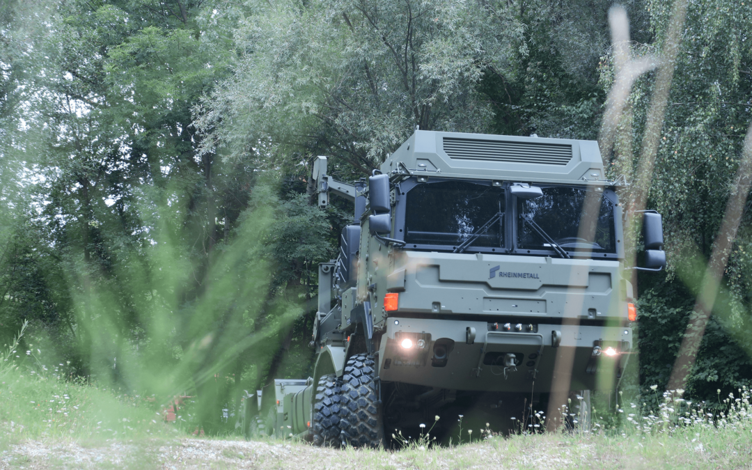 Rheinmetall Canada, RMMV and Navistar Bid for LVM Programme